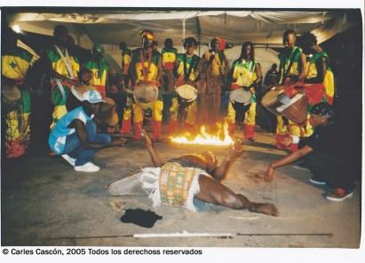 Djembés y danzas con fuego en Dakar