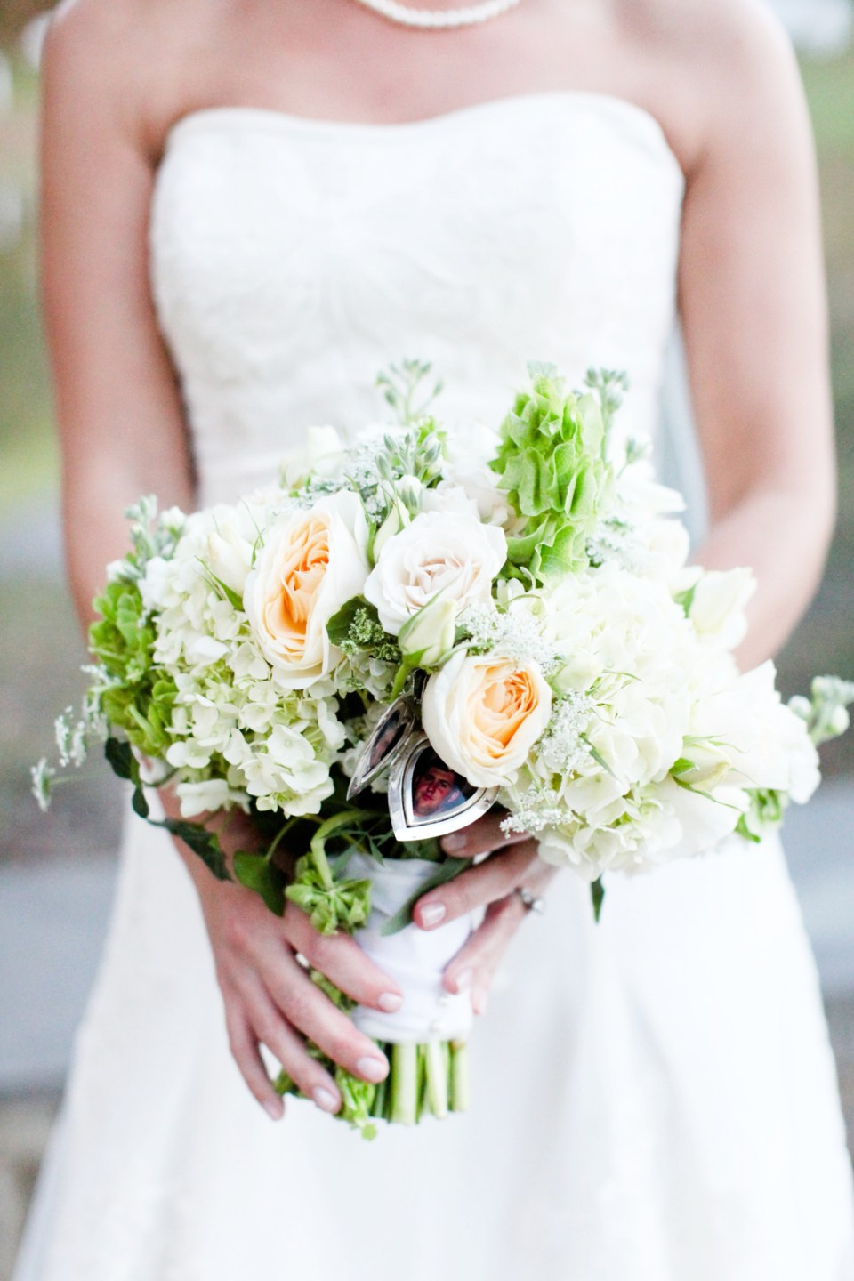 Neutral-Wedding-Bouquet-Inspiration-Flowers-Bridal-Bridesmaids404