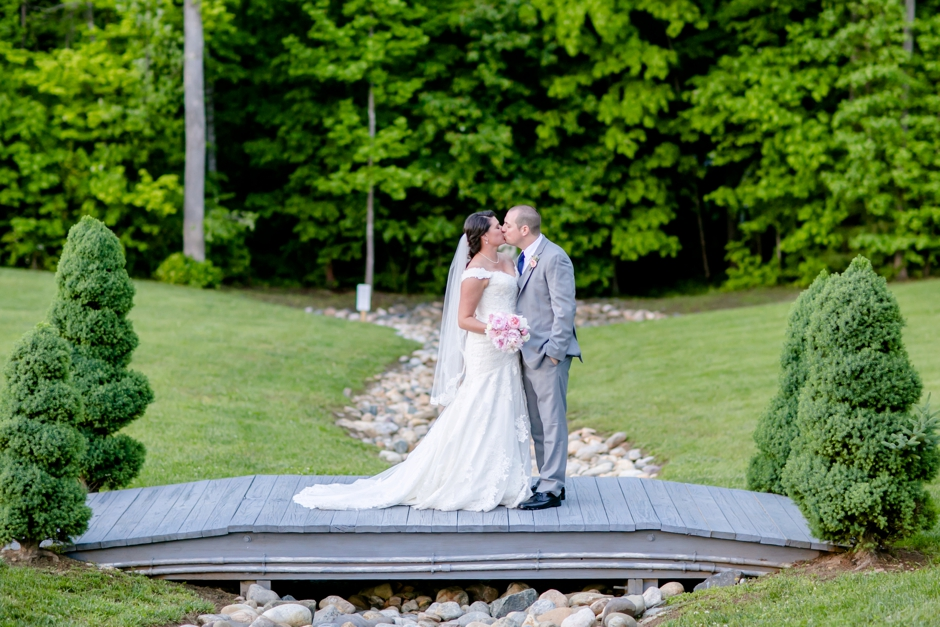 29A-Potomac-Point-Winery-Wedding-Claire-Ryan-1213