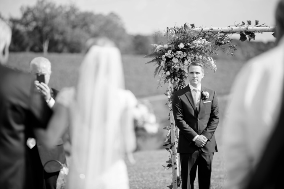 6A-Stone-Tower-Winery-Summer-Wedding-GG-1303