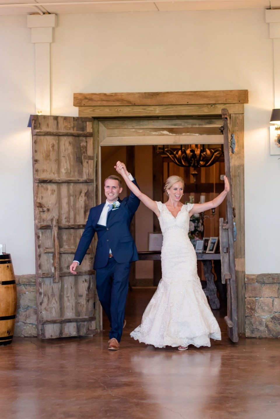 7A-Stone-Tower-Winery-Summer-Wedding-GG-1312