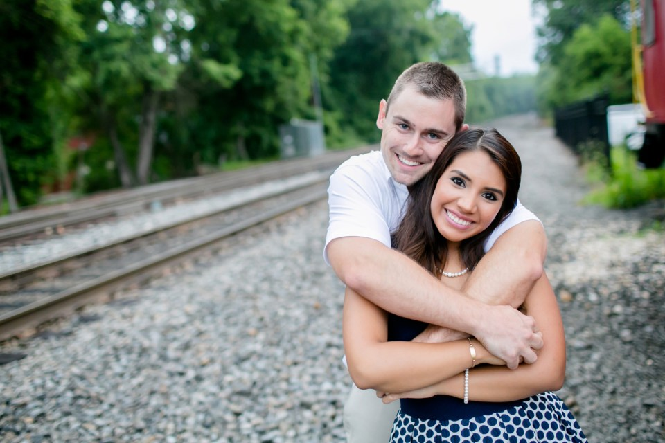 24A-Downtown-Clifton-Virginia-Engagement-Session-3062