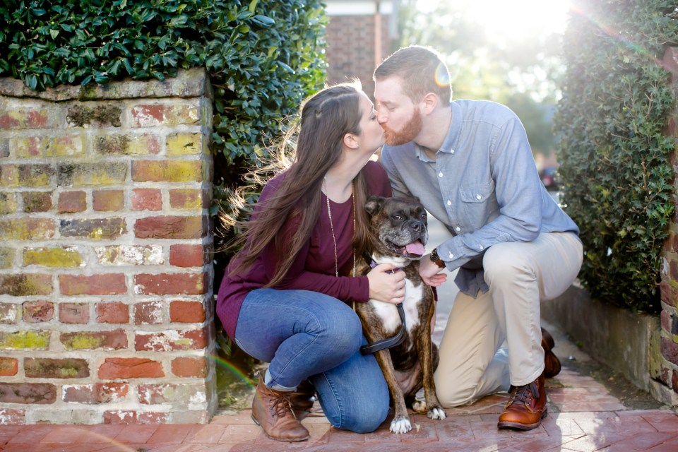 14downtown-fredericksburg-virginia-engagement-session-sarah-and-russell-1027