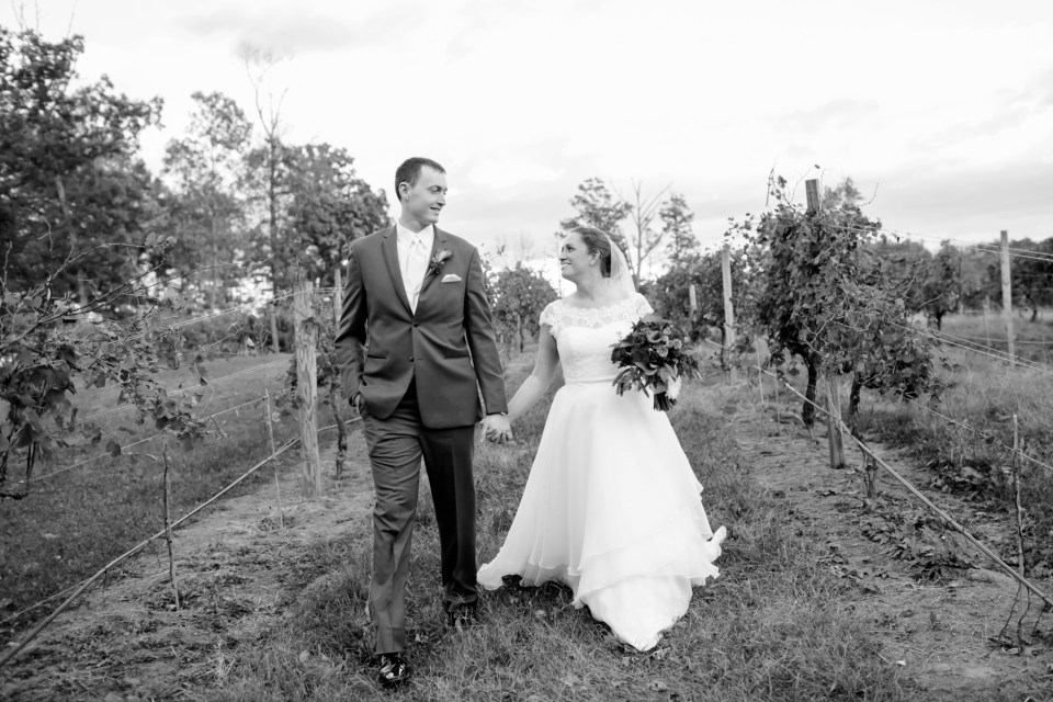 33a-harves-house-at-lost-creek-fall-wedding-leesburg-virginia-adam-melissa-231