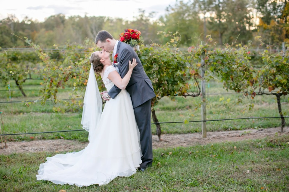 38a-harves-house-at-lost-creek-fall-wedding-leesburg-virginia-adam-melissa-237