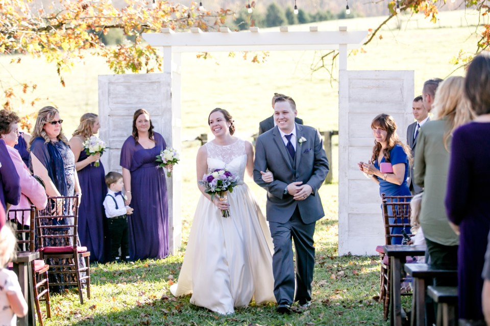 15a-oak-creek-farm-wedding-virginia-photographer-brittany-josh-1085