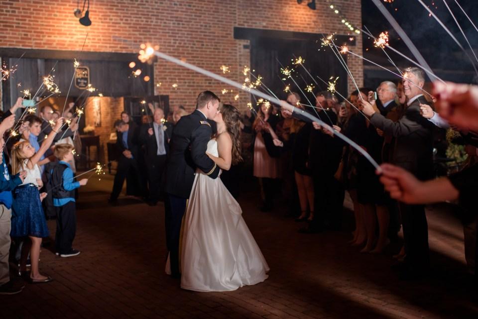 34a-inn-at-the-olde-silk-mill-wedding-fall-ashlee-stephen-carley-rehberg-photography-1280