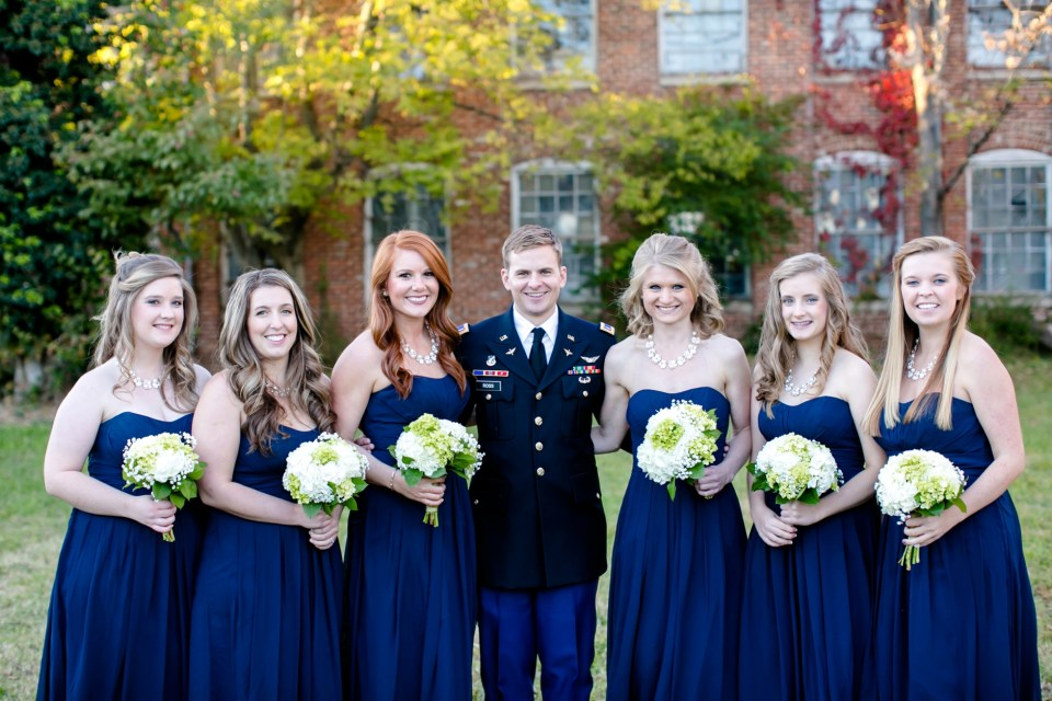 27-a-inn-at-the-olde-silk-mill-wedding-fall-ashlee-stephen-carley-rehberg-photography-1124