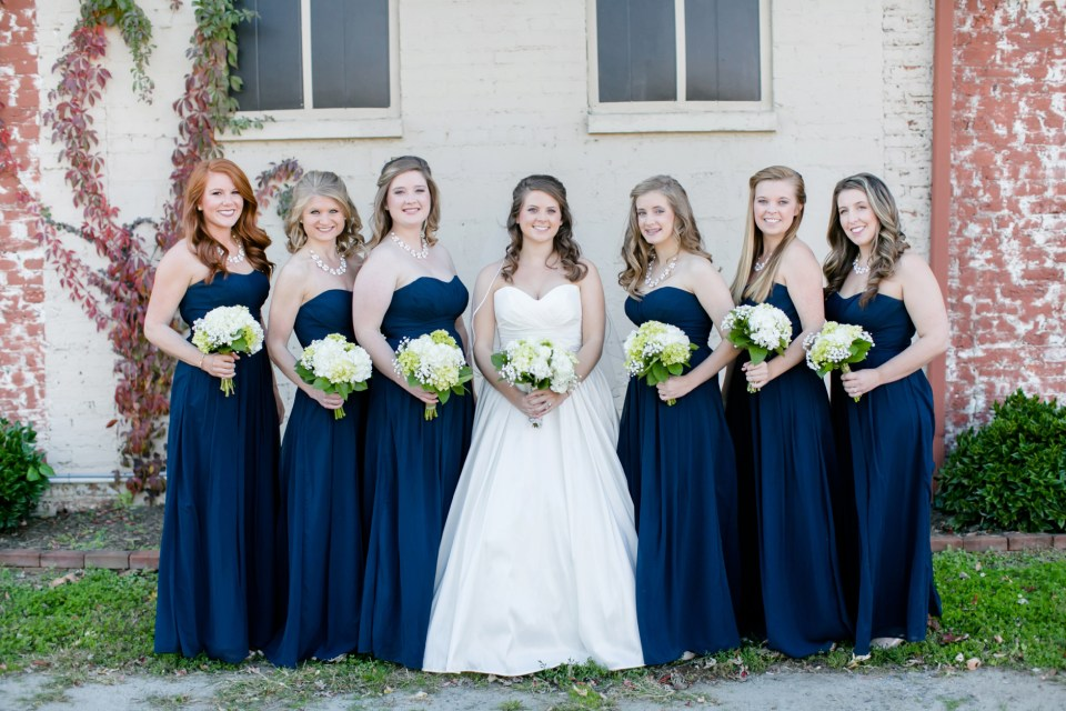 7-a-inn-at-the-olde-silk-mill-wedding-fall-ashlee-stephen-carley-rehberg-photography-1036