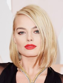 Margot Robbie-oscars-2015-academy-awards2