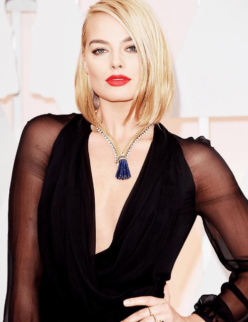 Margot Robbie Oscars 2015