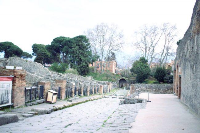 découverte naples positano pompei scampia