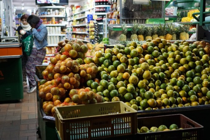 Fruit at grocery store in Modelia