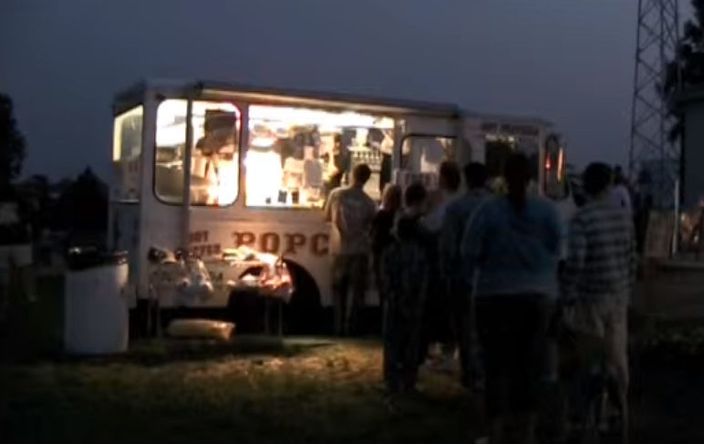 Food truck at the Field of Dreams Drive-In