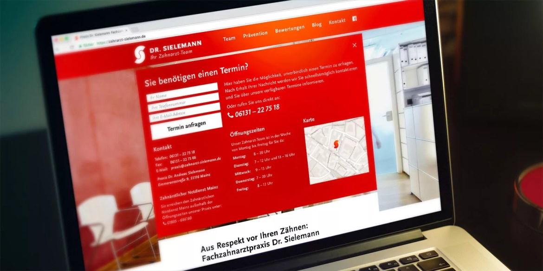 Webdesign: Die Startseite mit Kontaktdaten von Zahnarzt Dr. Sielemann in Mainz