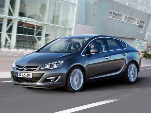 Astra Sedan / J facelift / Astra / Opel / Database / Carlook
