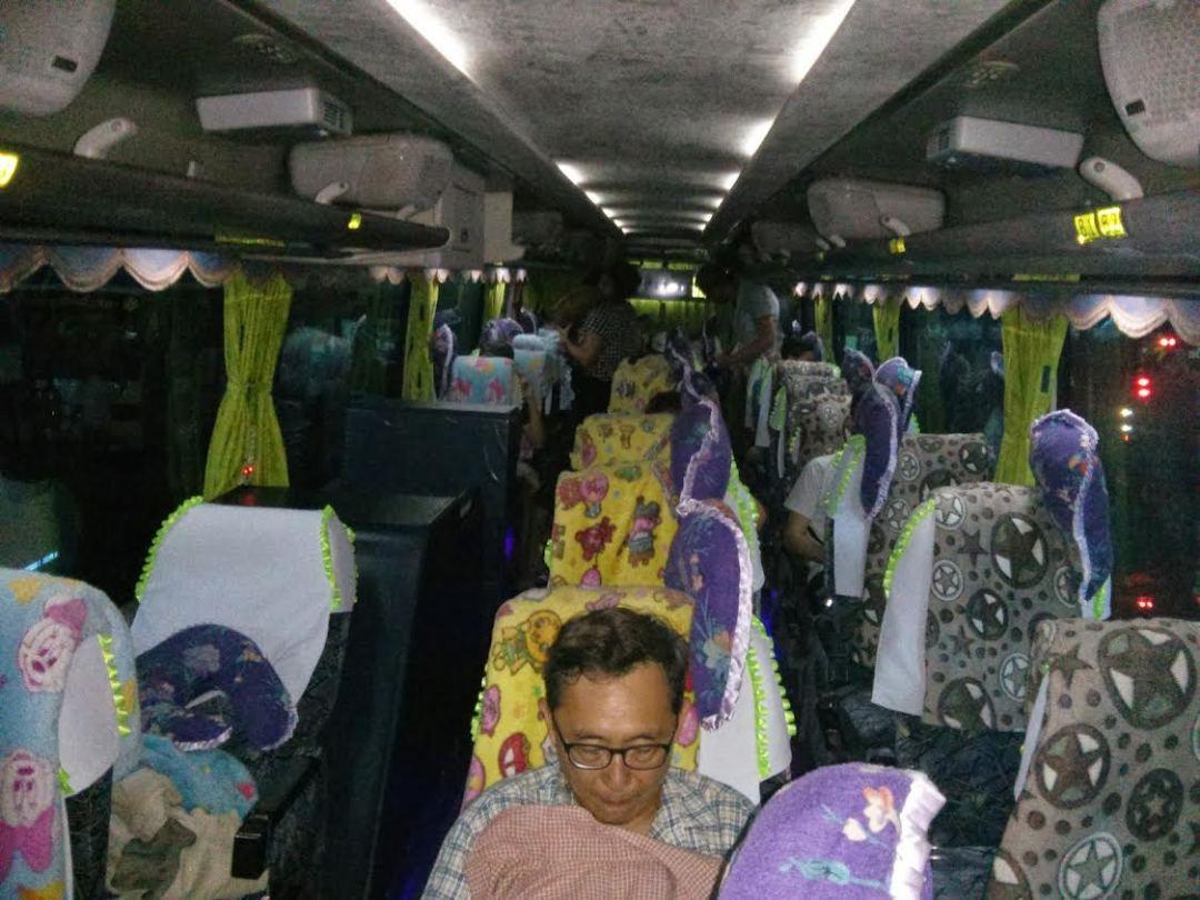 Bus nocturno Myanmar