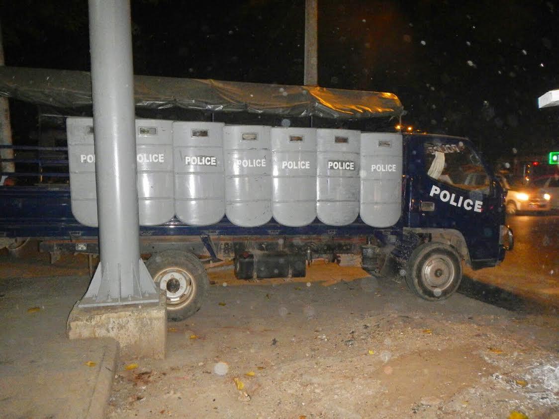 Policia birmana