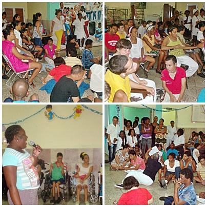 Residentes con sus familiares participan en la Gala por el fin de curso escolar