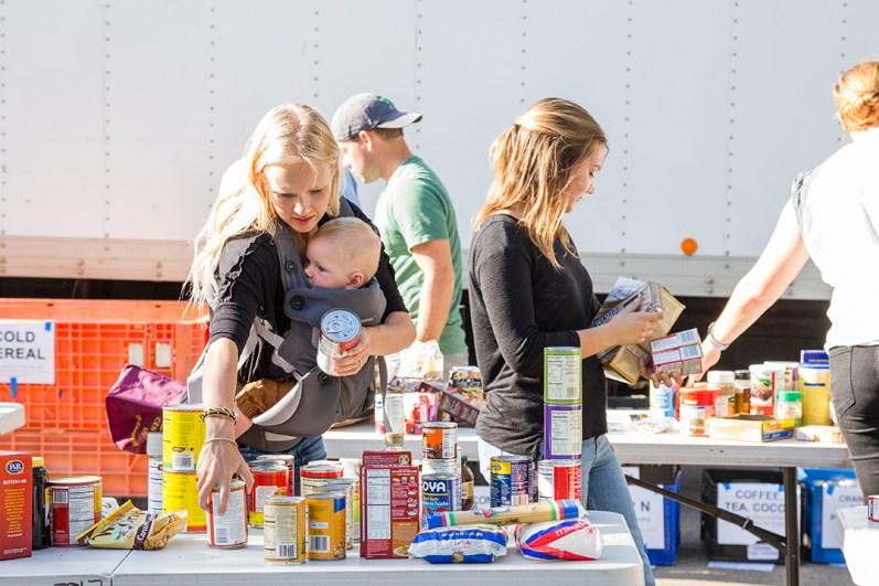 CRC_Food_Drive_Community_Encinitas_2017_Carlsbad_Photo_13
