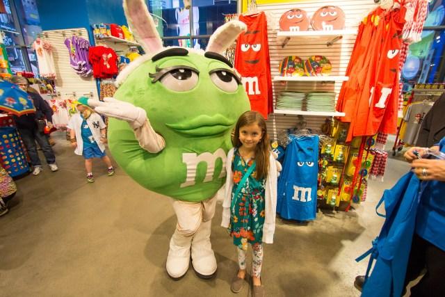 Carltonaut's Travel Tips M&M Candy Store New York City