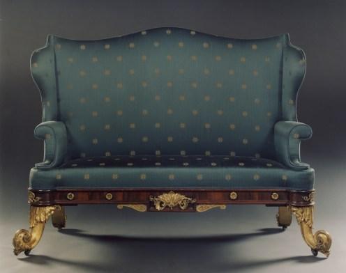 8005 Rosewood Sofa