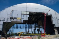 September 2015 view of the east side of the New Safe Confinement arch.