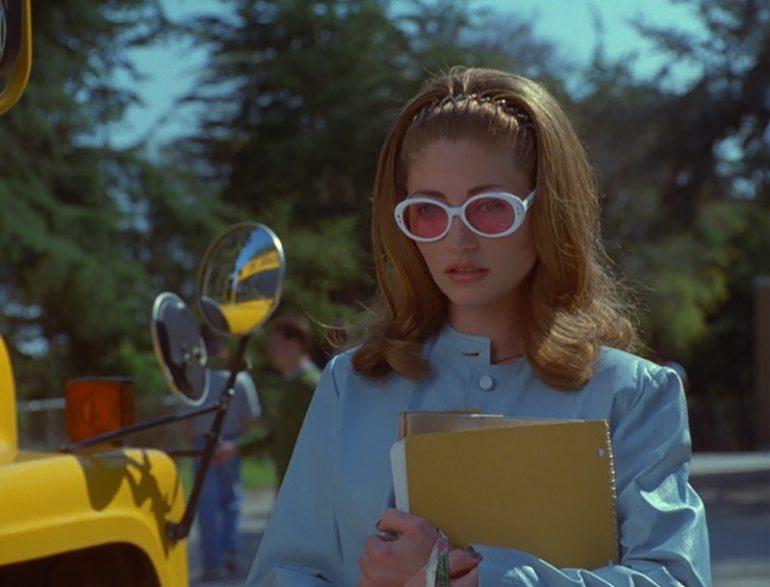 jawbreaker-sunglasses-white-frames-770x587