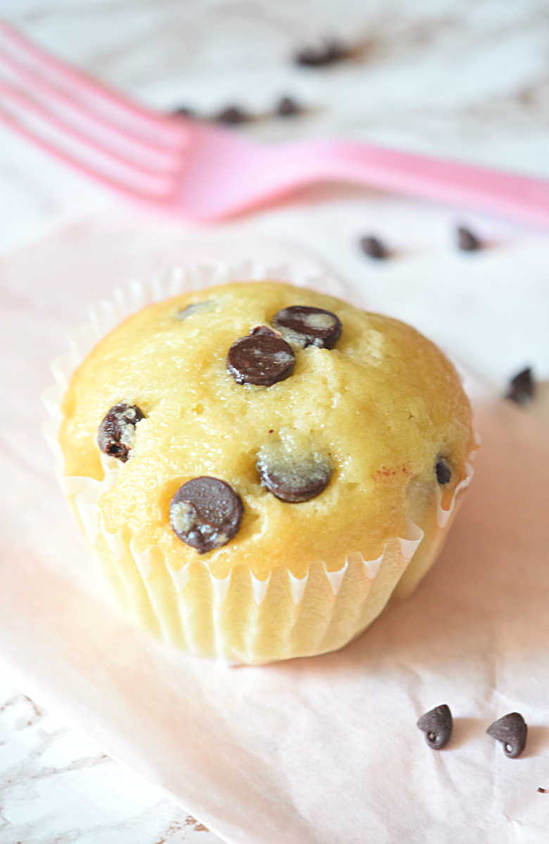 Chocolate Chip Cupcakes that are the best of both worlds - Carmela POP