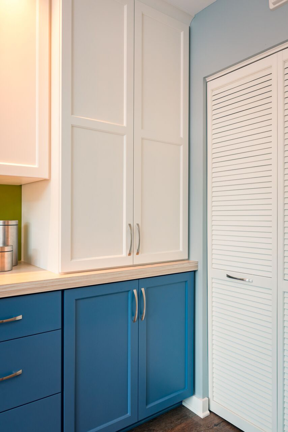 white-cabinets-pantry-built-in-combo-painted-cabinets-kitchen