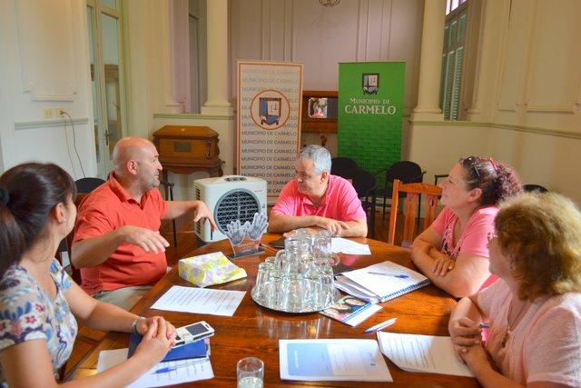 Fernando Pozzo en la sesión del Municipio de Carmelo