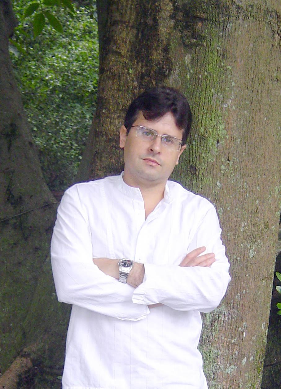 Ernsto Marrero Ramírez: un venezolano que destaca en el mundo de la literatura espiritual