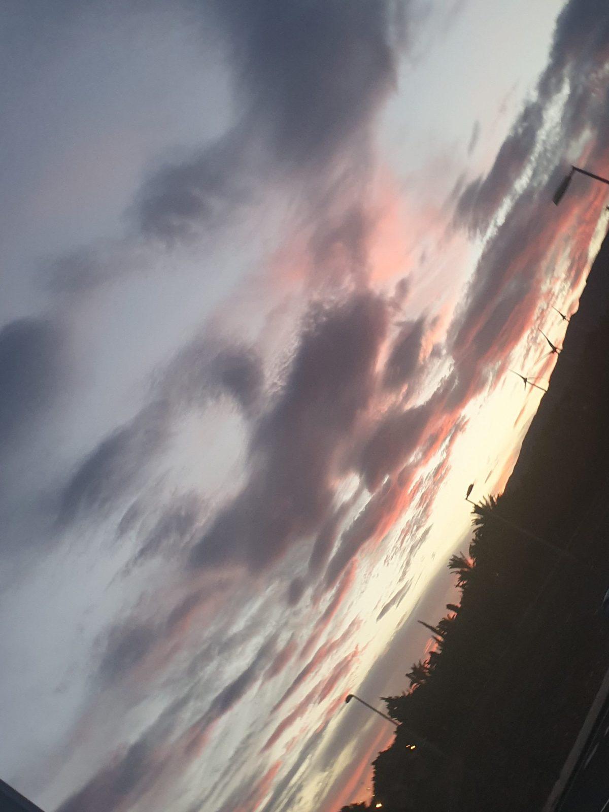 Mira el cielo:):) hay maravillas