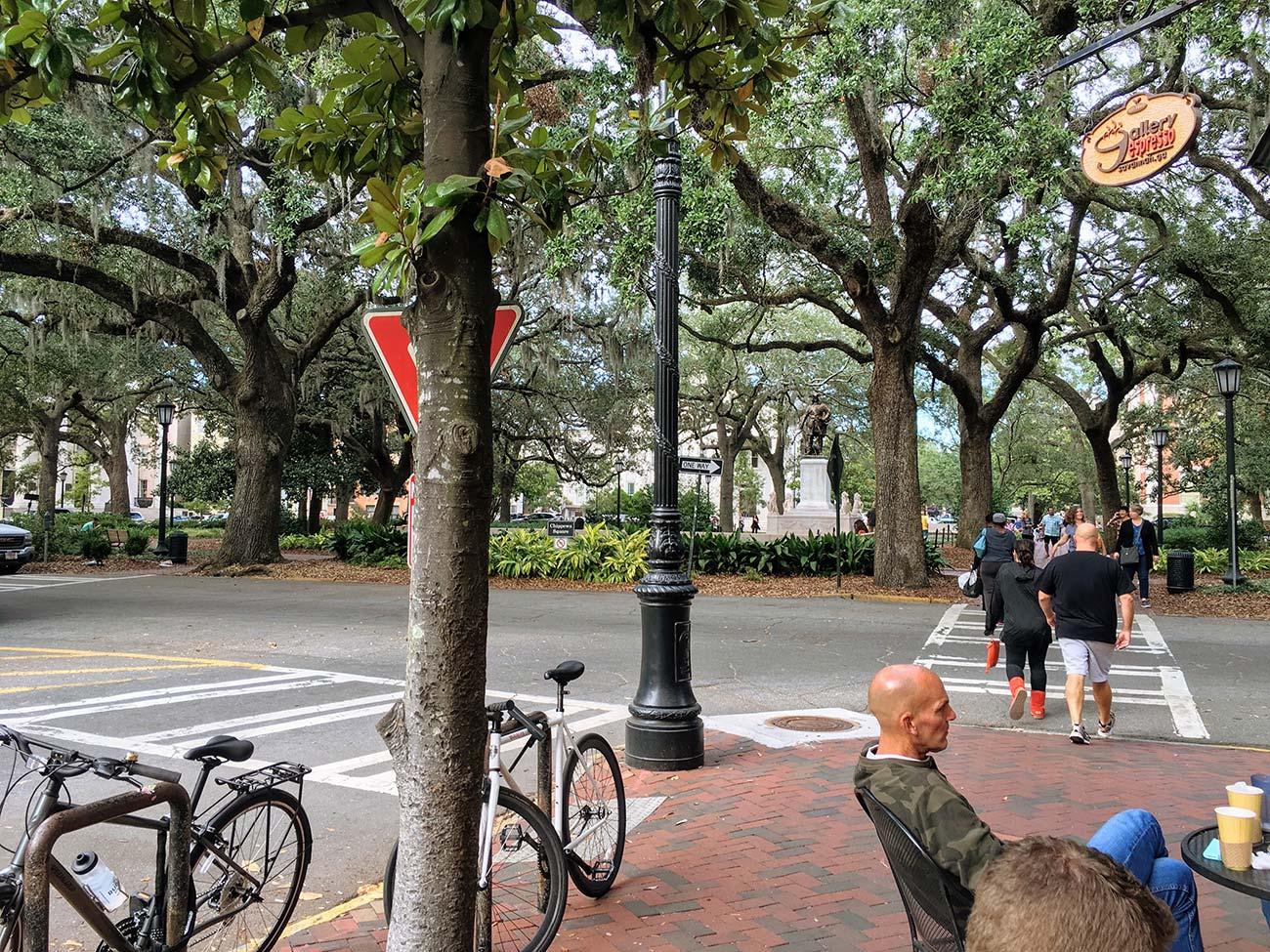 Viajar a Savannah: Razones por las que los viajeros la adoran