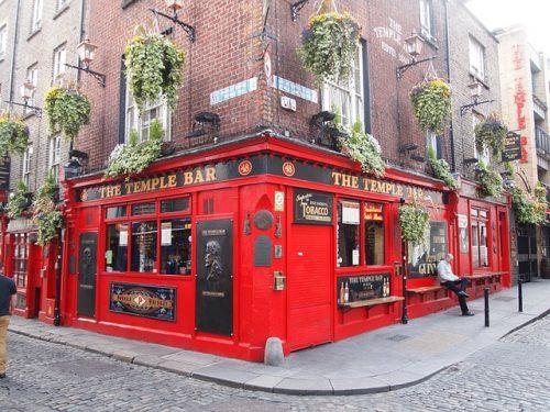 Temple Bar en Dublin para post lugares reales que inspiraron a grandes escritores