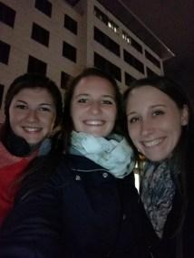 Tina, Carmen und Lisa am Frankfurt erkunden :)