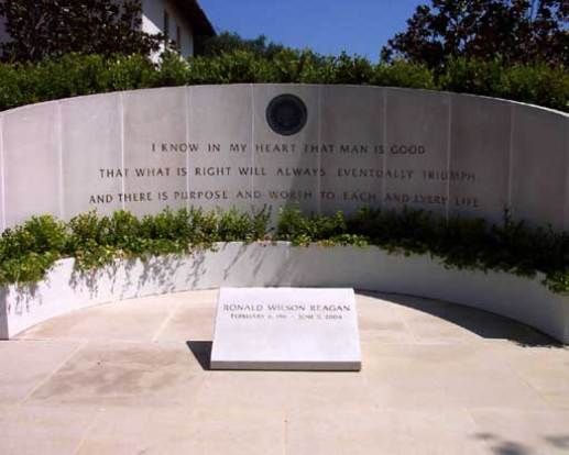 Ronald Reagan Final Resting Place, Ronald Reagan Presidential Library and Museum