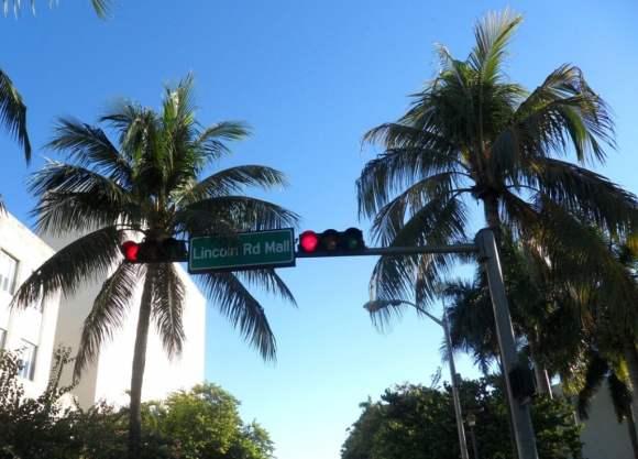 Lincoln-Rd-Mall-Sign, Miami Beach