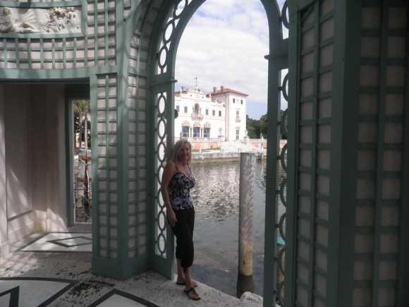miami in one day - Gazebo at Vizcaya Museum and Gardens, Miami, Florida