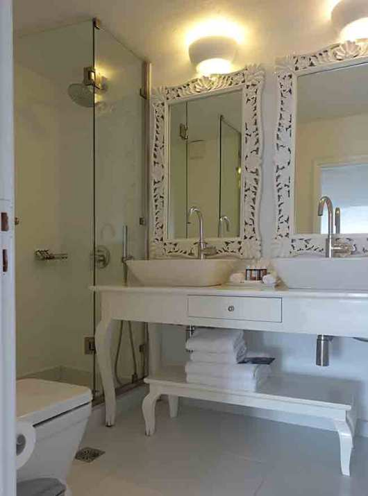 Canaves Oia Suites Upstairs Bathroom, Santorini Greece