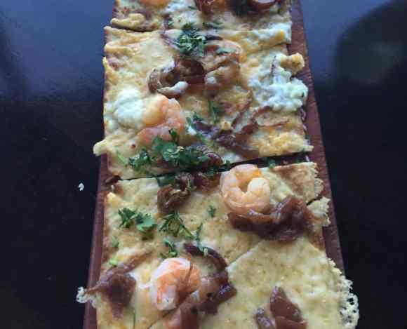 Kaluz Restaurant Flatbread