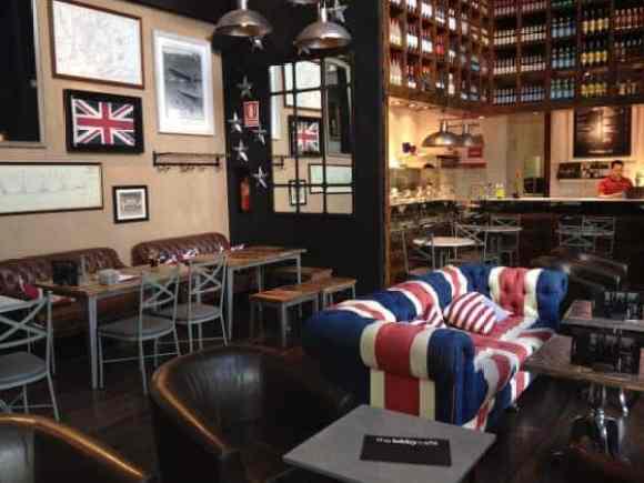 Las Rojas Village Madrid - The Lobby Cafe