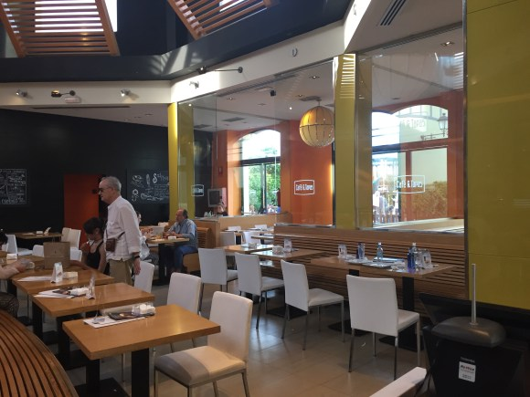 Cafe & Tapas Restaurant - Las Rozas Village Madrid