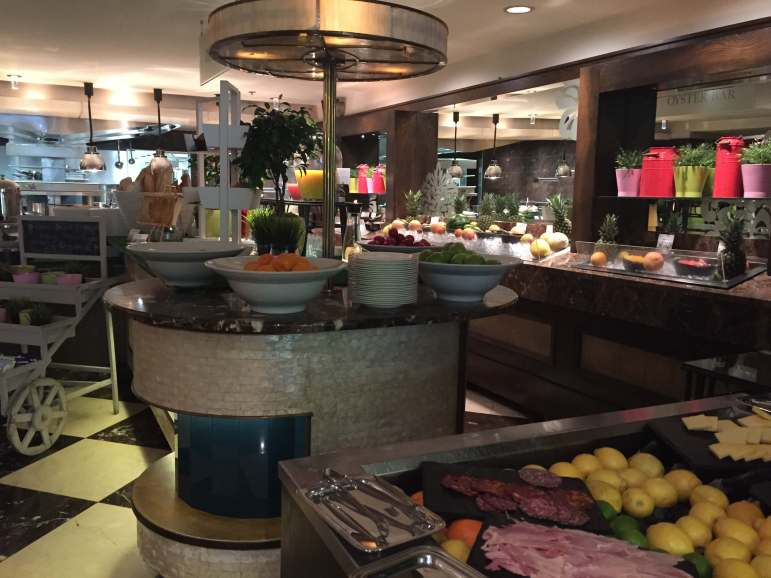The Shelbourne Dublin, A Renaissance Hotel - The Saddle Room - Oyster Bar