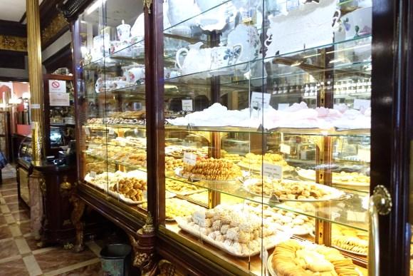 Confitería El Riojano - (Madrid Food Tour) displays of desserts