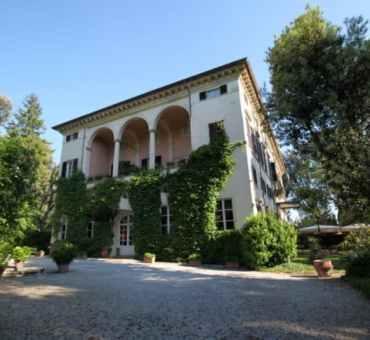 Hotel Villa La Principessa - Old Charm Villa in Lucca, Italy