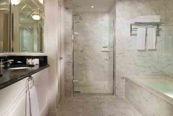 Family Room Bathroom - The Landmark London