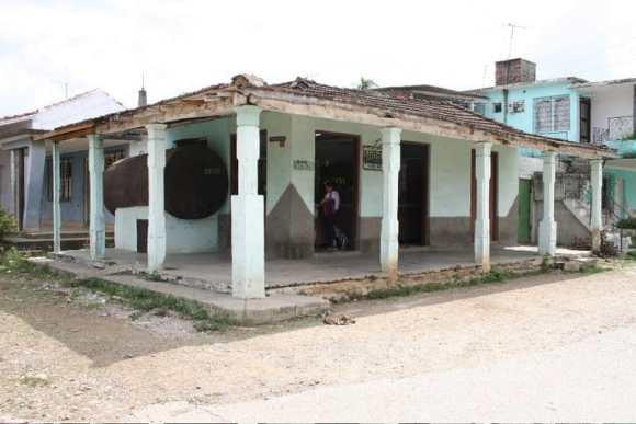 A Cuban Store