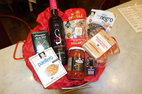 Despaña Fine Foods & Tapas Cafe Passion for Paella Gift Basket