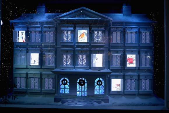 Lord & Taylor Holiday Windows (Photo: Cindy Ord)
